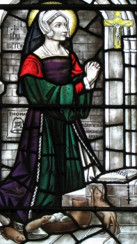 detail of a stained glass window of Blessed Margaret Pole, Church of Our Lady and the English Martyrs, Cambridge, England, date unknown, artist unknown; swiped with permission from the flickr account of Father Lawrence Lew, OP
