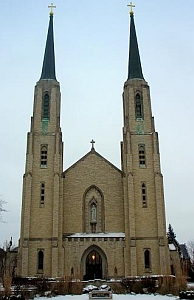 Cathedral of the Immaculate Conception, Diocese of Fort Wayne-South Bend, Indiana; taken on 8 December 2007 by Tdfire; swiped from Wikimedia Commons