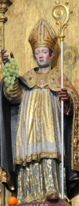 photograph of a statue of  Saint Geraldo in Saint Geraldo Chapel, Braga, Cathedra