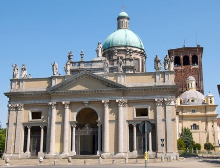cathedral of Sant'Eusebio, Archdiocese of Vercelli, Italy; photographed on 2 May 2009 by Goldmund100; swiped from Wikimedia Commons