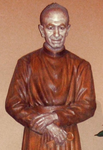 detail of a statue of Blessed Francisco Gárate Aranguren, date and artist unknown; in the Church of Sagrado Corazón, Bilbao, País Vasco, Spain; photographed on 26 April 2009 by Zarateman; swiped from Wikimedia Commons