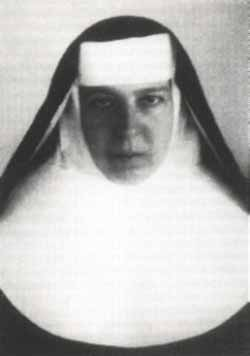 photograph of Blessed Maria Klemensa Staszewska, date, locattion and photographer unknown; swiped from Santi e Beati