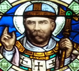 detail of a stained glass window of Pope Saint Alexander I, date unknown, artist unknown; church of Saint-Vincent-de-Paul, Clichy, France; photographed on 28 March 2011 by GFreihalter; swiped off Wikimedia Commons