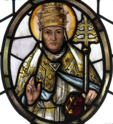detail of a stained glass window of Pope Saint Gregory the Great, by Syrius Eberle, date unknown; parish church of Saint Benedict in Odelzhausen, Dachau, Bayern, Germany; photographed on 17 October 2015 by GFreihalter; swiped from Wikimedia Commons; click for source image