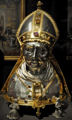 reliquary bust of Saint Adalbert (Vojtech); c.1500, artist unknown, commissioned by King Wladislaus II of Bohemia and Hungary; Cathedral of Prague, Czech Republic; photographed on 12 February 2015 by Packare; swiped from Wikimedia Commons; click for source image