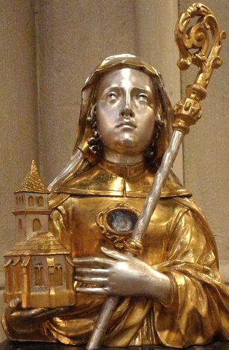 reliquary of Saint Adelheid, date and artist unknown; church of Siant Peter, Vilich, Bonn, Germany; photographed on 4 July 2010 by Hans Weingartz; swiped from Wikimedia Commons