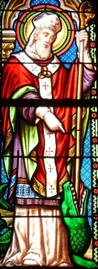 detail of a stained glass window depicting Saint Front; da