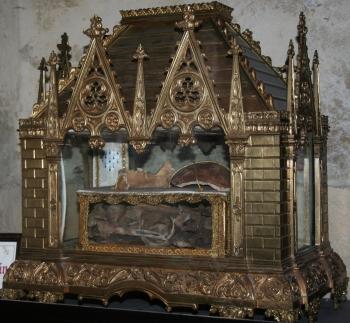 reliquary of Saint Gilduin; artist unknown, date unknown; Church of Sai
