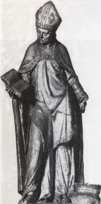 statue of Saint Goéry with the crown of the Counts of Aquitaine at his feet; 18th century, artist unknown; church of Saint-Maurice d'épinal, Vosges, France; swiped from Wikimedia Commons; click for source image