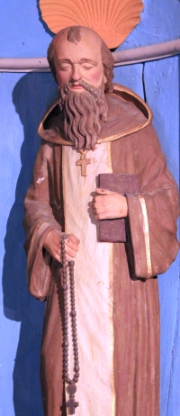 statue of Saint Gerin; date unknown, artist unknown; Notre-Dame-de-la-Clarity, Locadour, Kervignac, France; photographed on 14 September 2013 by XIIIfromTOKYO; swiped from Wikimedia Commons; click for source image