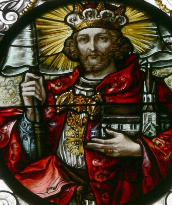 detail of a stained glass window of Saint Leopold III of Austria; by Tiroler Glasmalereianstalt, 1908; Saint Jodok Catholic Church, Bezau, Vorarlberg, Austria; photographed on 27 May 2012 by Wolfgang Sauber; swiped from Wikimedia Commons; click for source image