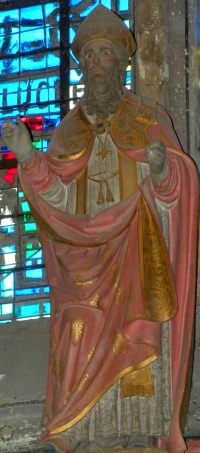 statue of Saint Lucien de Beauvais; date and artist unknown; Cathedrale of Beauvais, Oise, France; photographed on 28 June 2009 by Chatsam; swiped from Wikimedia Commons; click for source image