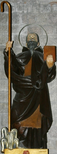 statue of Saint Maginus, date and artist unknown; Basílica de Santa Maria del Mar, Barcelona, Spain; photographed on 4 December 2014 by José Luiz Bernardes Ribeiro; swiped from Wikimedia Commons; click for source image