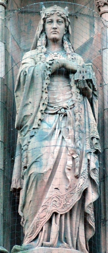 statue of Queen Margaret, Scottish National Portrait Gallery, Edinburgh, Scotland; date and artist unknown; photographed on 29 December 2018 by Stephencdickson; swiped from Wikimedia Commons