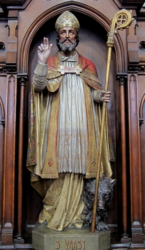 statue of Saint Vasst, date and artist unknown; church of Saint Vaast in Wambrechies, France; photographed in April 2010 by Velvet